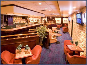 1 Lounge at the Woodlands Inn & Suites, Fort Nelson Restaurants